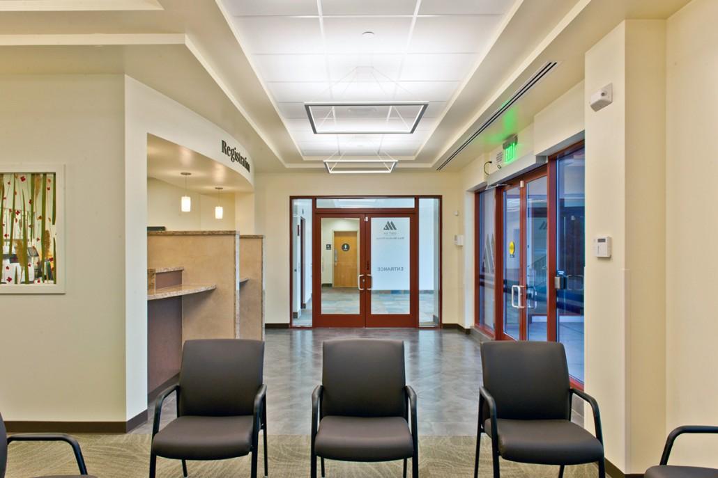 Maui Medical Group Outpatient Clinic, Kahului, Maui, Hawaii. Steve Heller  Architect